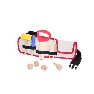 Dřevěné nářadí pro děti s opaskem EcoToys obraz